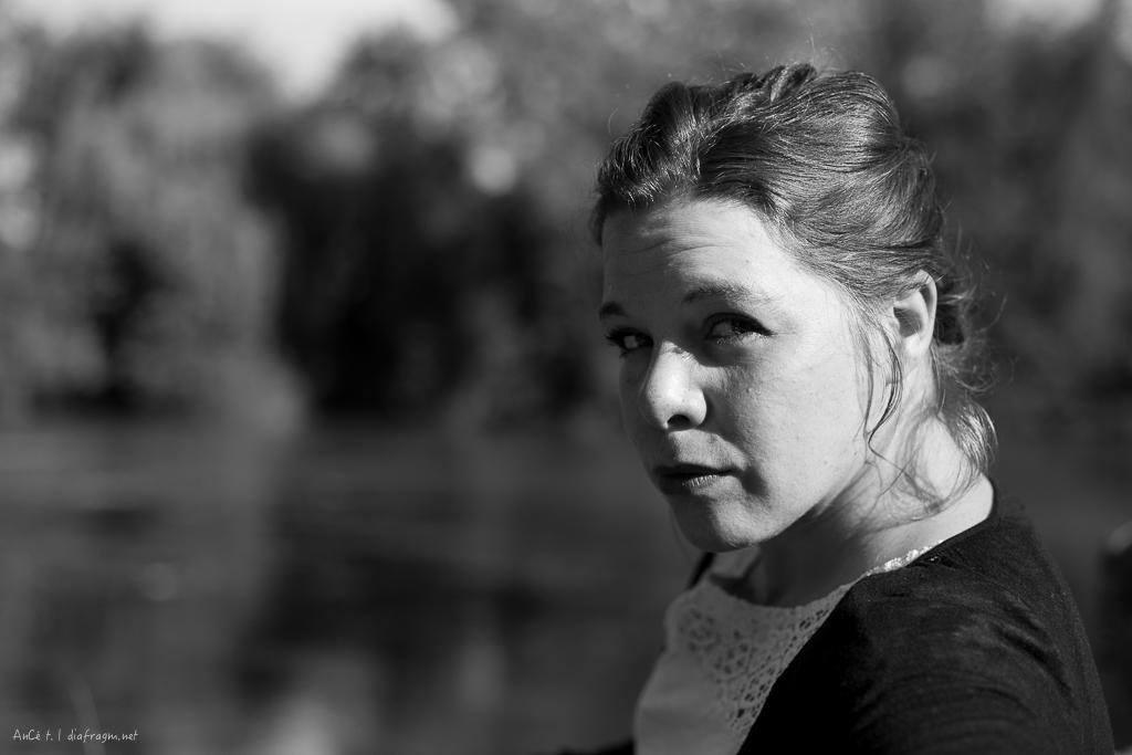 Clémence Solignac, comédienne du Maine-et-Loire interprète Perdu dans le spectacle Rat et les Animaux moches de la Cie Zig Zag